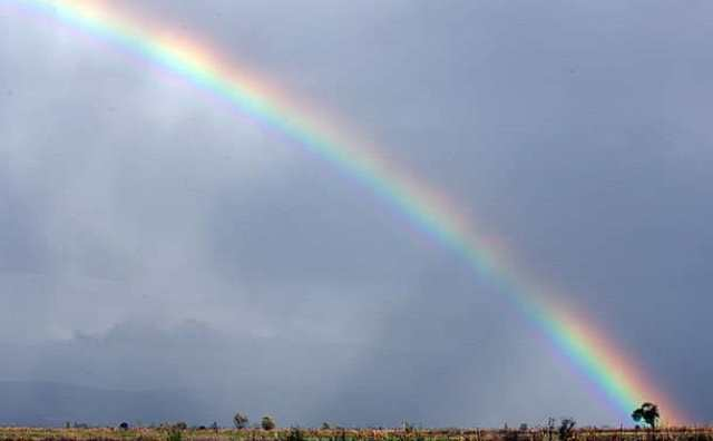 Arc-en-ciel et superstitions