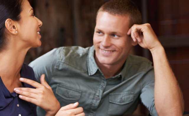 6 signes que quelqu'un est attiré par vous